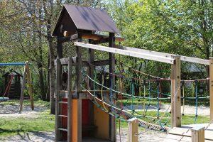 Spielplatz Kletterhaus