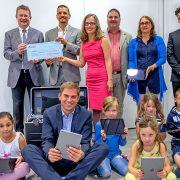 iPad-Spendenübergabe für die Grundschule an der Martin-Luther-Straße