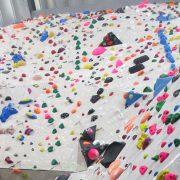 Spaß an der Bewegung: Klettern für Menschen mit und ohne Handicap. Foto: High East Kletterhalle