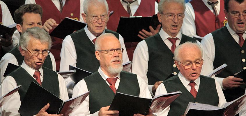 Kircheim VOKAL: Sängertreffen der Männerchöre München Nord-Ost