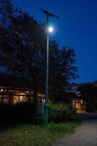 Straßenlaterne mit Solarlicht