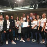 Die glücklichen Sieger des bundesweiten Radiowettbewerbs tat:funk vom Gymnasium Kirchheim.