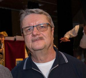 Jürgen Gnutschke vom Helferkreis Asyl wurde für seinen langjährigen ehrenamtlichen Einsatz gewürdigt.