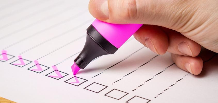 Machen Sie mit bei der kurzen Umfrage zum ÖPNV.