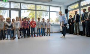 Einweihung der Mensa, Schulküche und Turnhalle der Grund- und Mittelschule.