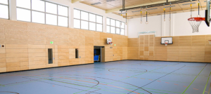 Die Turnhalle der Grund- und Mittelschule nach den Umbaumaßnahmen.