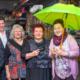 Seit 25 Jahren in Kirchheim: Amina Engin (Mitte) betreibt mit ihrer