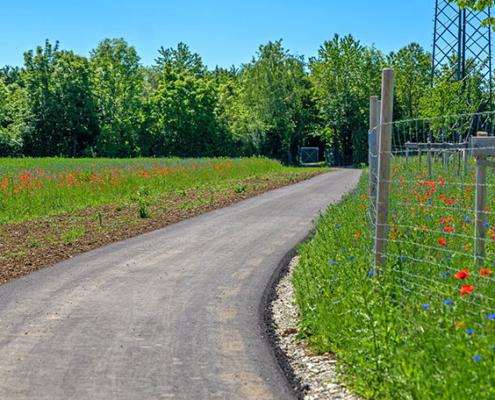 Geh- und Radweg zum Heimstettener Friedhof