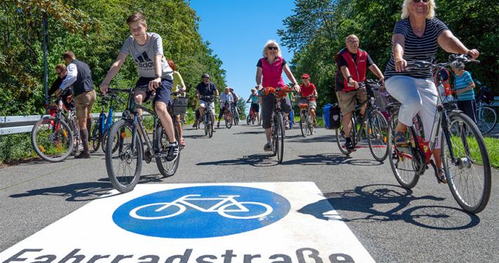 Eröffnung der neuen Fahrradstraße zum Heimstettener See